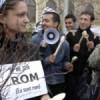 Reprezentanţii etniei rome cer despăgubiri pentru expulzarea cuvântului ţigan din dicţionar